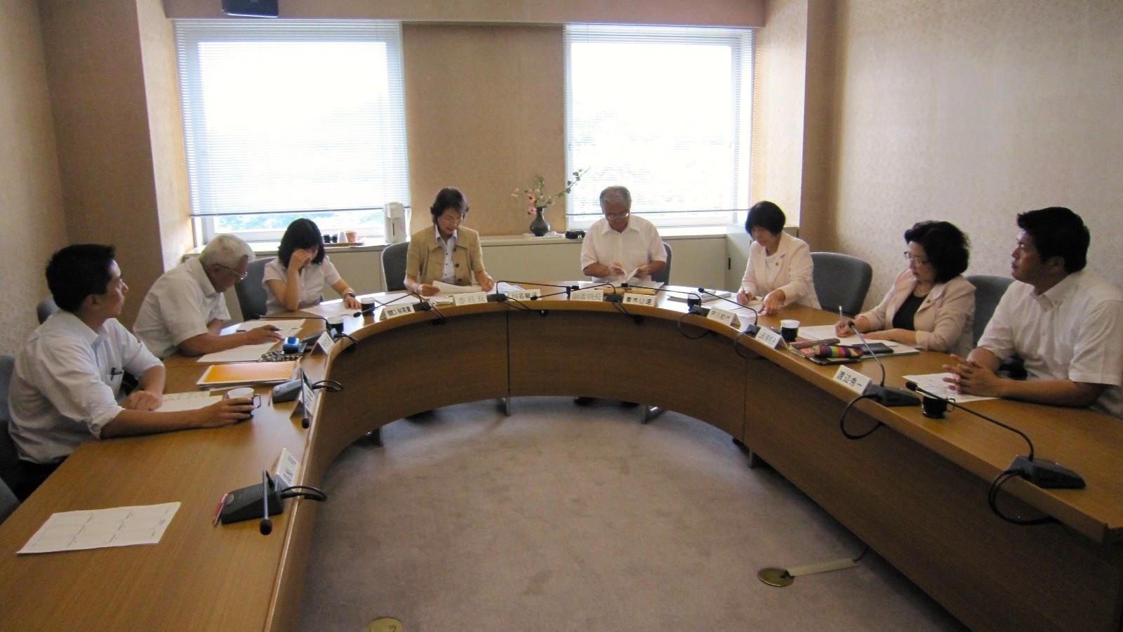 守谷市広報特別委員会協議会を開催